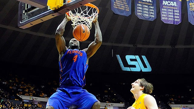 Gators Rise to No. 1, Host LSU Saturday
