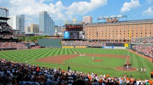 Baltimore Gator Club to Host Third Annual Gators at Camden Yards Event